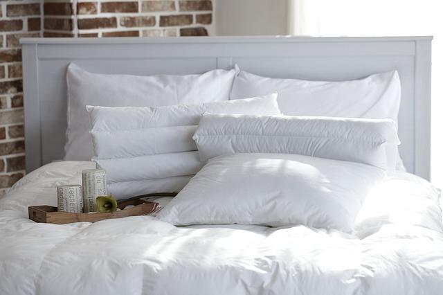 jak-wybrac-poduszke-zeby-sie-wyspac
