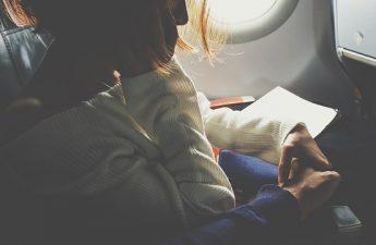 Podróżujący w samolocie