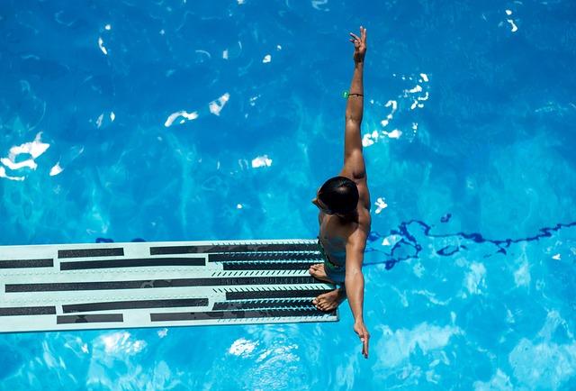 pływanie a kręgosłup